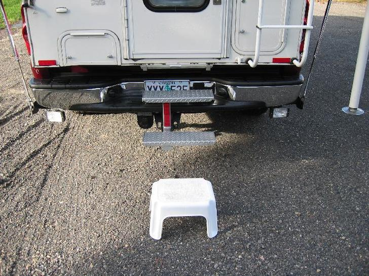 Adding rear steps to a Lance truck camper