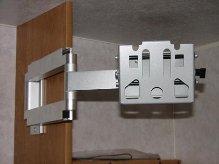 Articulating Mount Side of Cabinet RV TV Mount