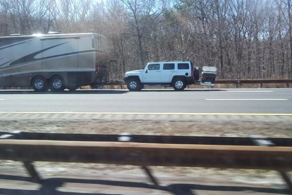 Funny RV: Motorhome Towing Doesnt Have to Be Energy Efficient