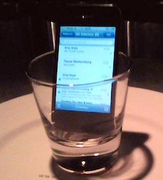 iphone-speaker-glass-smartp