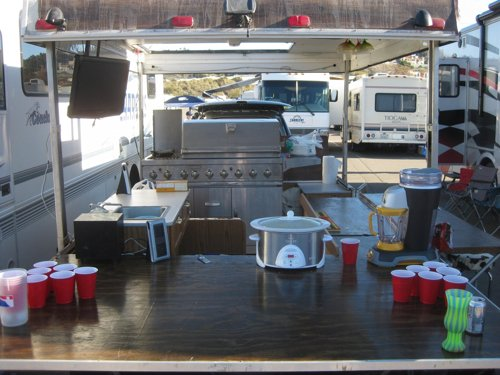 how to make a camper trailer kitchen