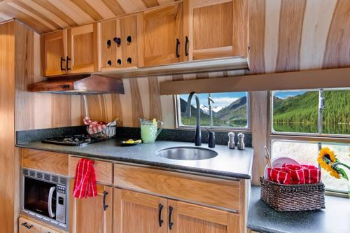 Unbelievable Airstream Remodel 1954 Flying Cloud Travel