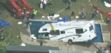 Funny RV: Luxury Pool Party Water Front Camp Site