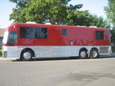motorhome-conversion-luxury-motorcoach-8
