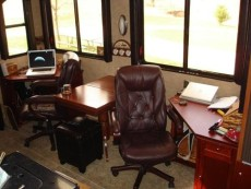 rv-living-room-office-renovation-4