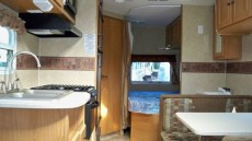 travel-trailer-renovation-before-6