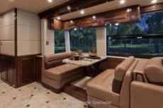 luxury-motorhome-outlaw-5