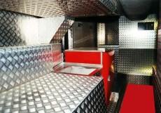 derbus-luxury-motorcoach-2