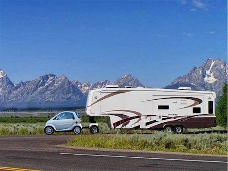 Progressive Dodge >> Funny RV: Smart Car Towing a Fifth Wheel