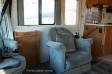 Winnebago-Adventurer-Motorhome-Renovation-before-2