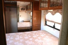 Winnebago-Adventurer-Motorhome-Renovation-before-3