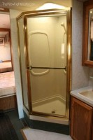 Winnebago-Adventurer-Motorhome-Renovation-before-4