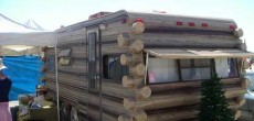 Funny RV: A Log Camper RV to Get You Closer to Nature