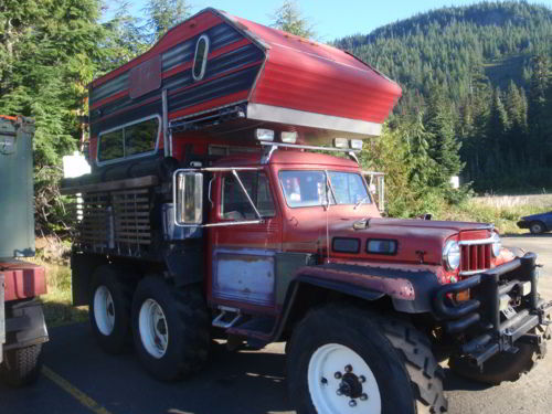monster-jeep-camper-6x6-2