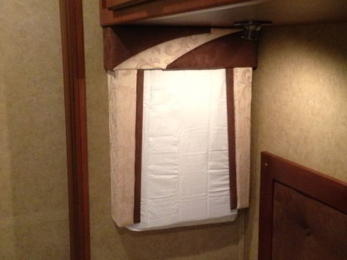 clever mod for cold weather rv window insulation. Black Bedroom Furniture Sets. Home Design Ideas