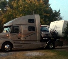 Funny RV: What Do a Big Rig, Smart Car & 5th Wheel Have in Common?