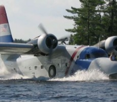 A Flying RV Built from a US Air Force Anti-Submarine Airplane