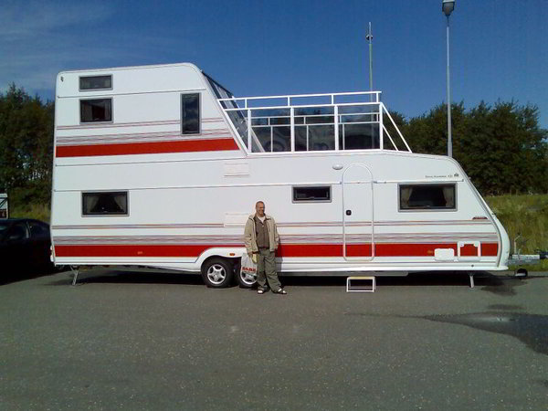 Simple Nomadic Life Films, The Studio Behind RV Nomads  Road 36foot Gas Motorhome And Tow A 2006 MINI Cooper S Convertible For Exploring And Running Errands Their YouTube Channel Boasts More Than 15,000 Subscribers And Nearly 1