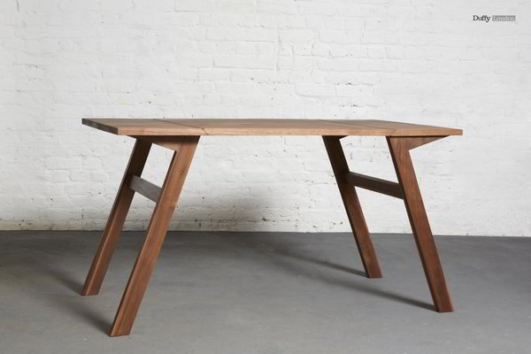 Transforming coffee table