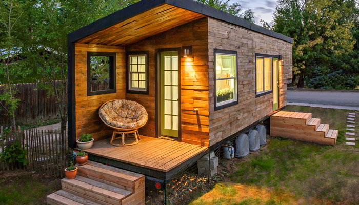 Stunning Tiny House Custom Built on a Gooseneck Flatbed Trailer