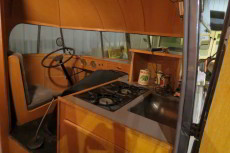 1937-hunt-house-car-interior-2