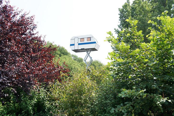 Pent house trailer