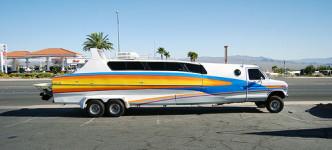 boaterhome-rv-boat-combo-1