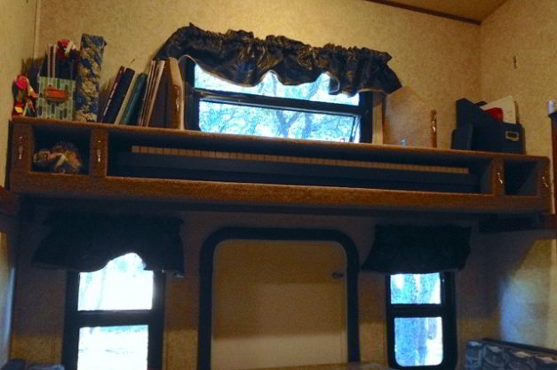 RV bunks shelf