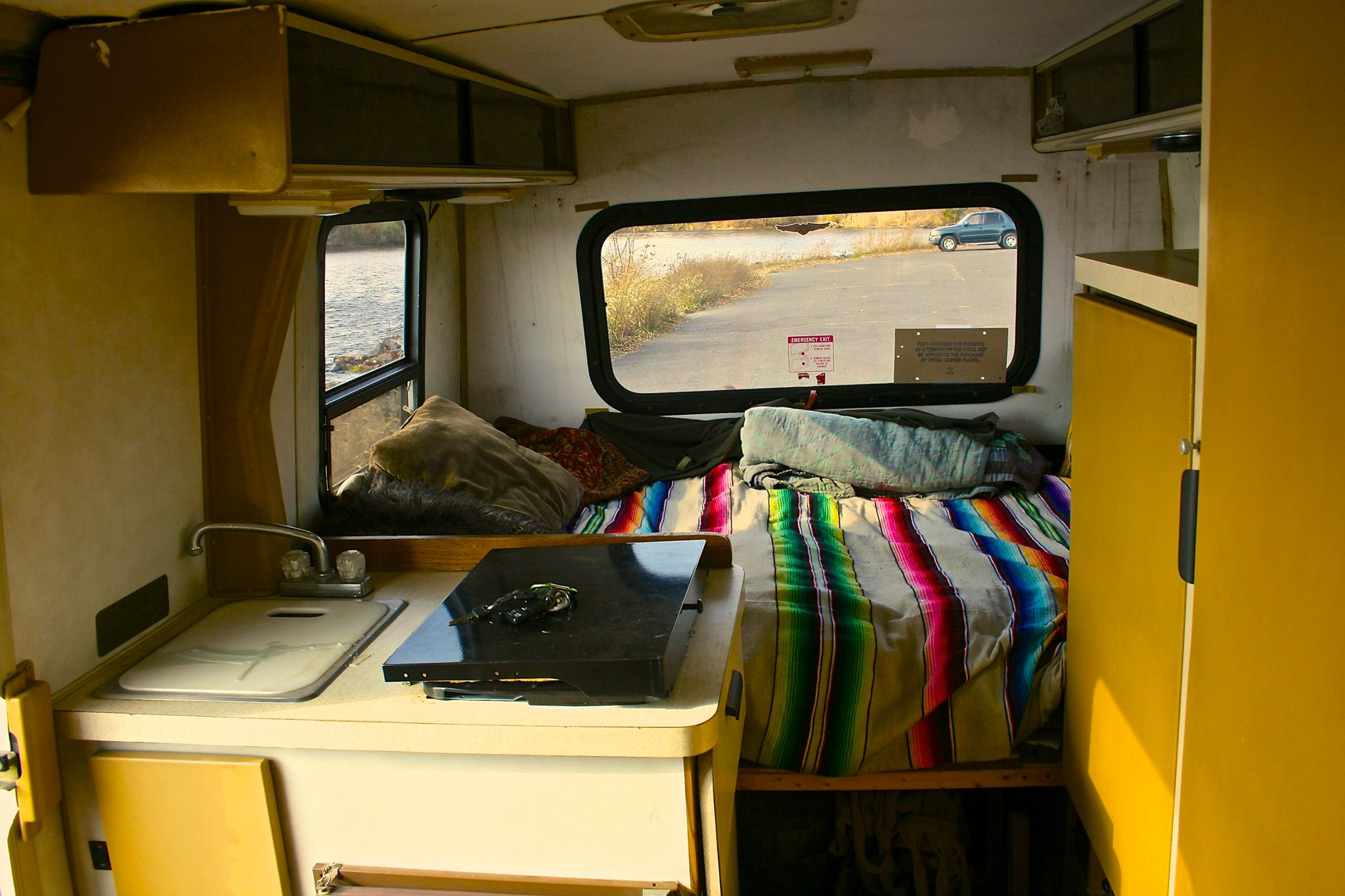 musician lives in this winnebago