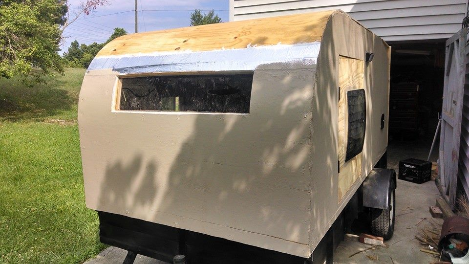 staining camper
