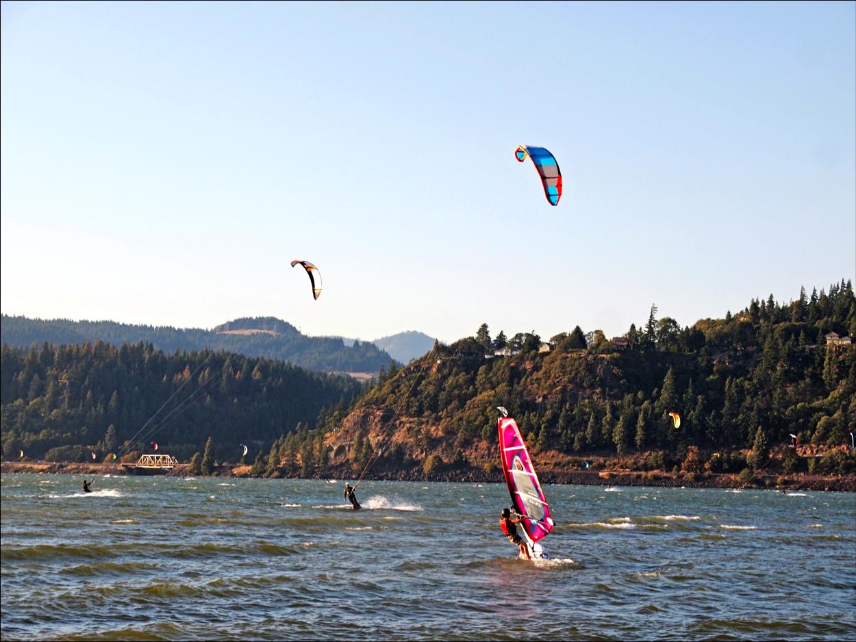 windsurfing and kiteboarding hood river or