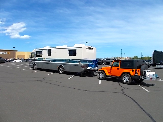 Motorhome Towing A Jeep Wrangler