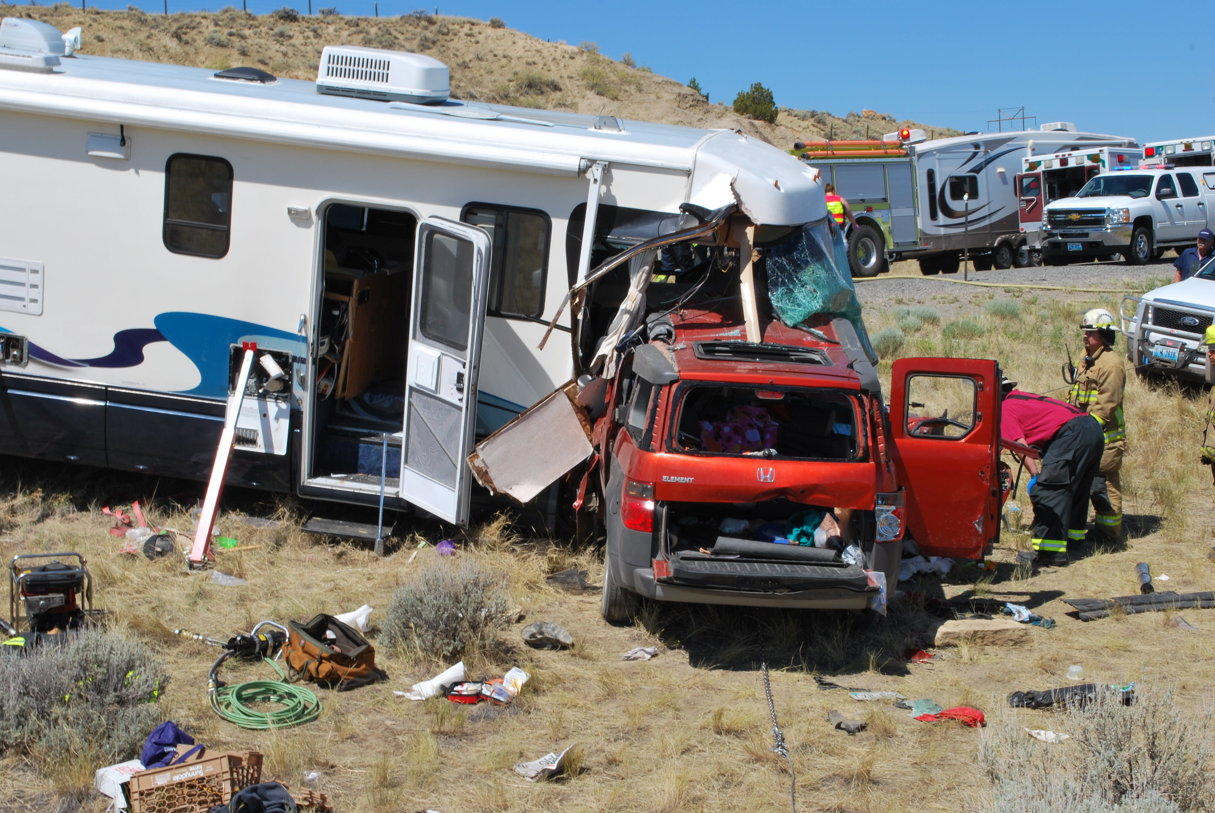head on motorhome crash involving an SUV