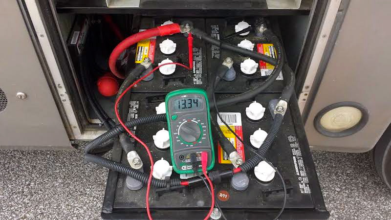 How to perform open voltage testing on your rv batteries four house batteries in series parallel in a motorhome publicscrutiny
