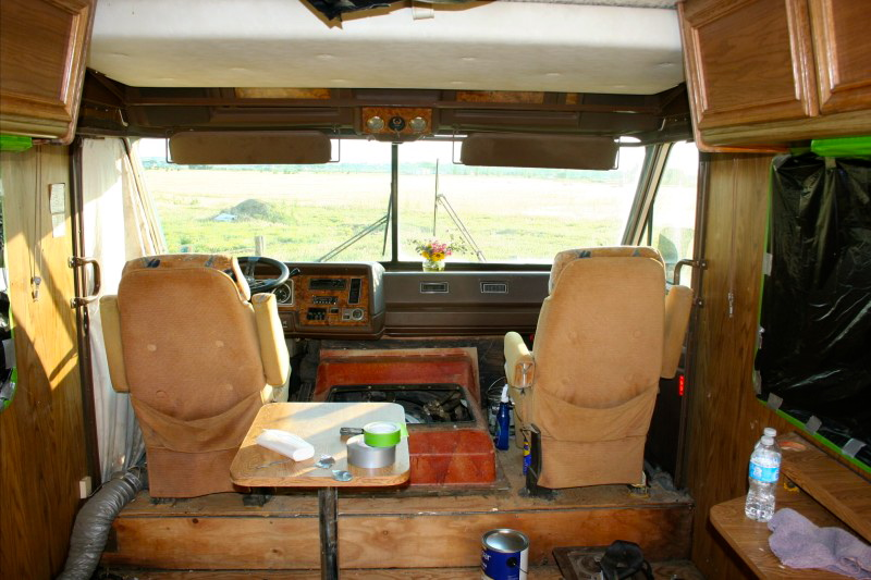 taping off wood surfaces in a motorhome prior to spray painting