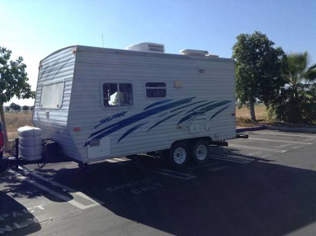 2001 National RV travel trailer