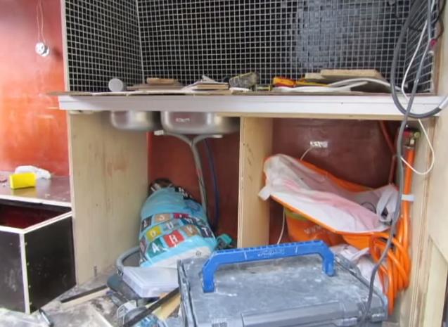 Converting Volkswagen van into mobile home