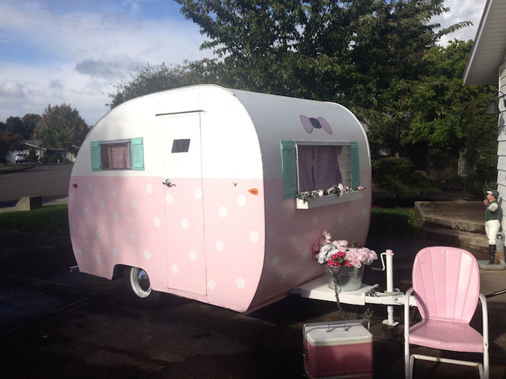 This Vintage 1948 Shasta Aljoa Trailer Is Called Polky