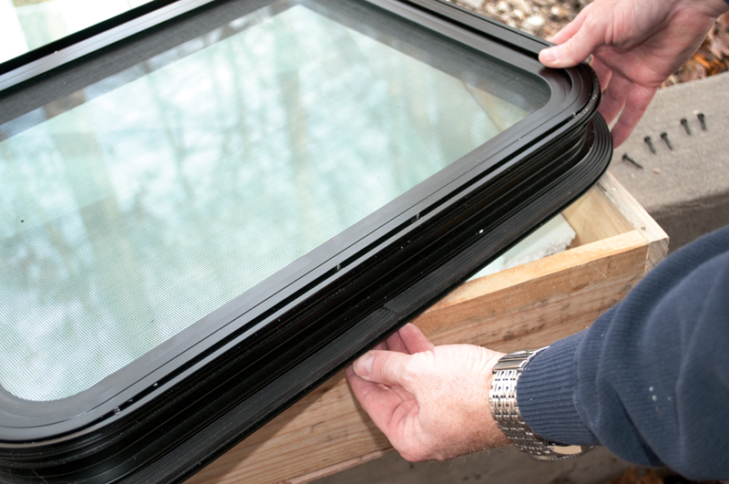 How A Company Fixes Fogged Double Paned Rv Windows