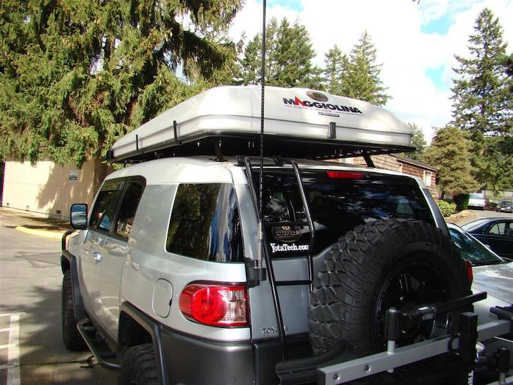 Hereu0027s the Maggiolina AirLand installed on a Toyota FJ Cruiser. Maggiolina AirLand roof top tent & AutoHome Maggiolina AirLand: A Refined Roof Top Tent