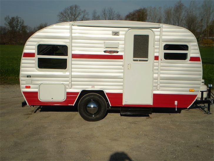 Riverside RV red on white retro camper