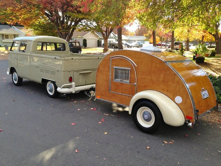 Vintage-looking custom teardrop camper