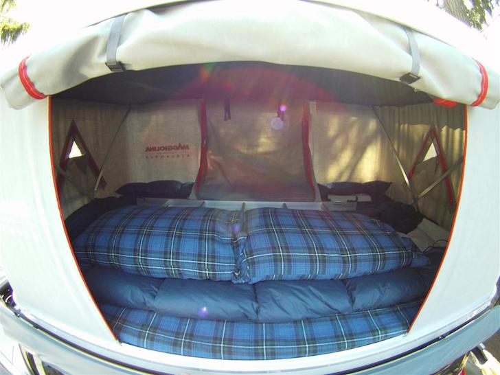 What it looks like when the ladder and pillows are stowed before the top is cranked : maggiolina roof tent - memphite.com