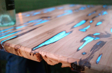 A DIY Glow In The Dark Table Makes For Delightful Dusk Dinners