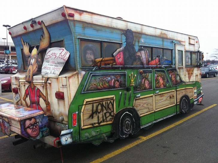 This Vintage Rv Is A National Lampoon S Masterpiece