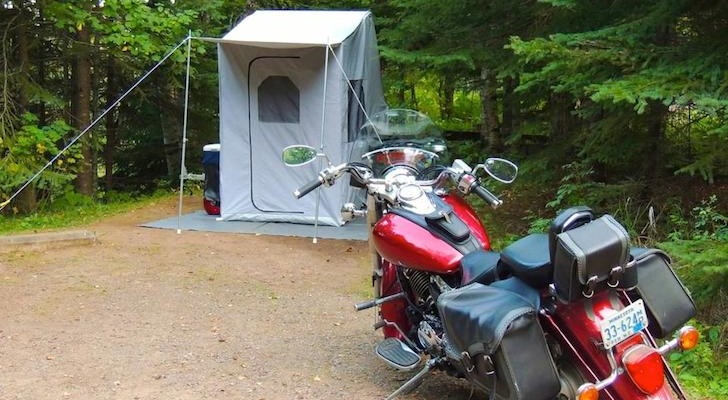 Roadmen camper with dressing room