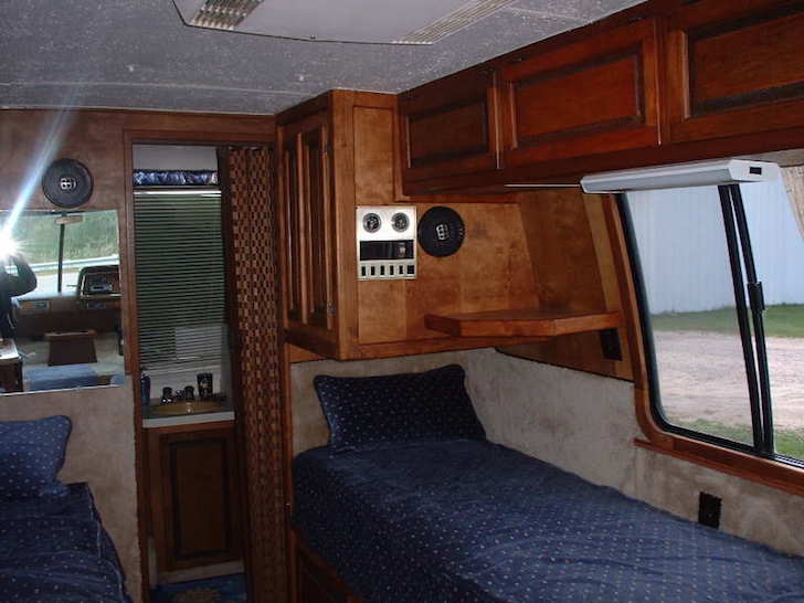 Sleeping area in the rear of a GMC motorhome from 1977