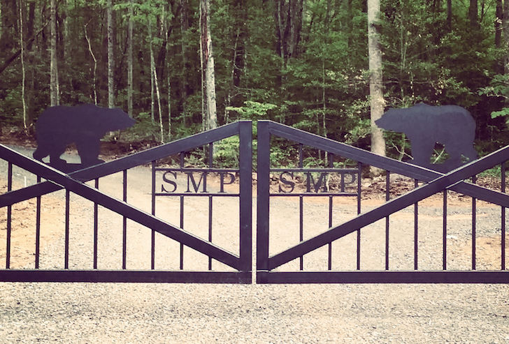 Smokey Mountain Premier RV Park entrance gate