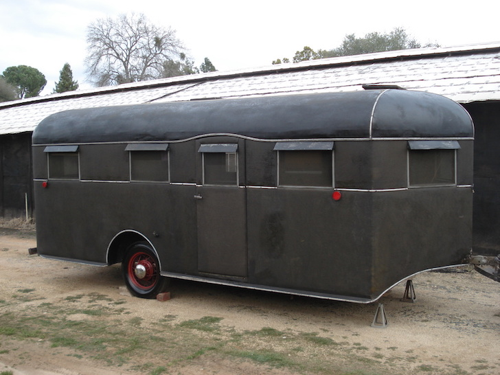 1936 Travel Coach Deluxe