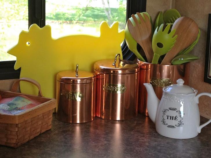 Copper storage vessels